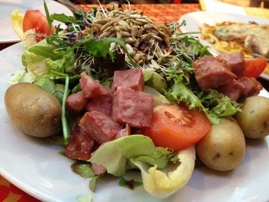 Lotschberg: sausage salad