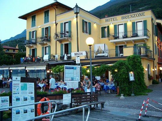Hotel Brenzone: the hotel