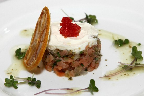 The Sugar Club: STARTER -SALMON TARTAR