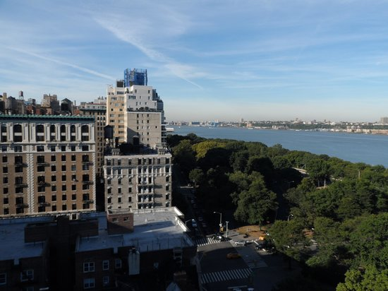 Riverside Tower Hotel: Utsikt från hotellrummet