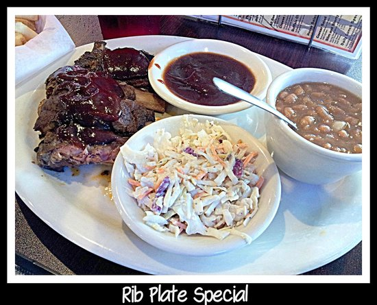 Slim and Shorty's: rib plate special