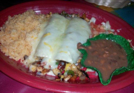 Jose's  Mexican Grill: Enchiladas Adriana