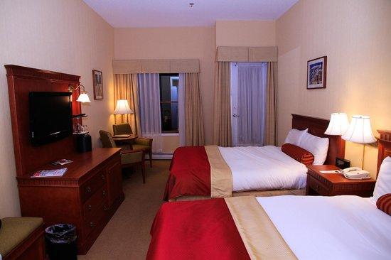 Sun Peaks Lodge: Room