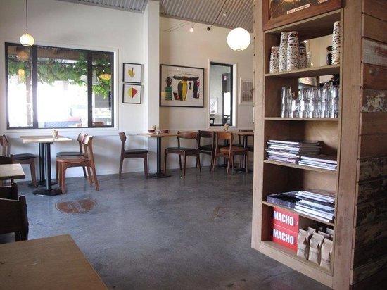 Hawthorne Coffee: Hawthorne interior.