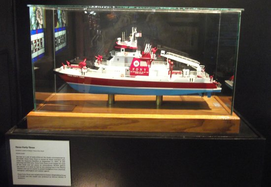 New York City Fire Museum: Model of a fire fighting motor launch