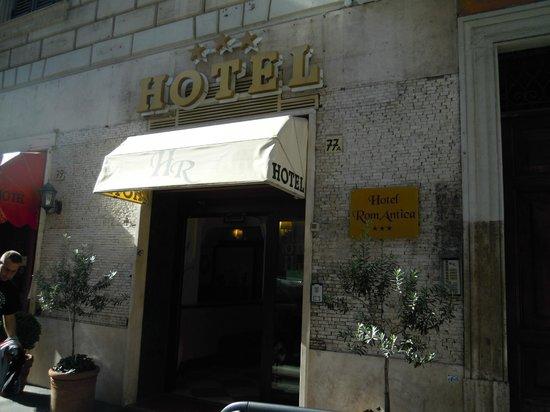 Hotel RomAntica: Ingresso