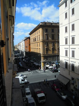 Hotel RomAntica: Veduta dalla camera