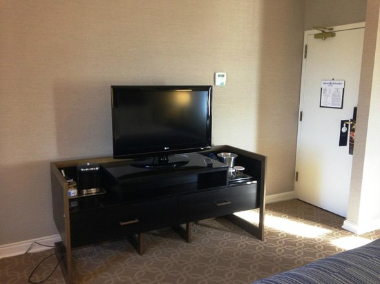 Hilton Milwaukee City Center: In-room coffee, big TV with HD channels
