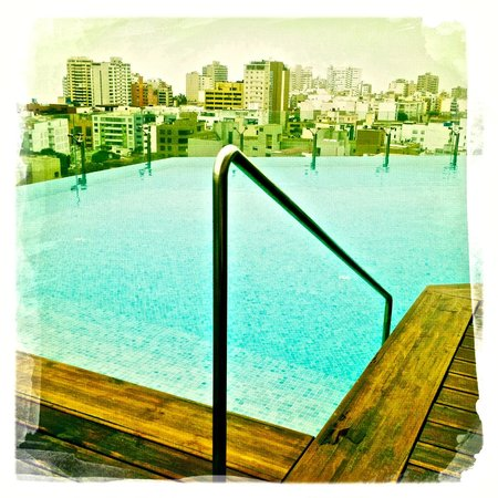 Hilton Lima Miraflores: The roof top pool