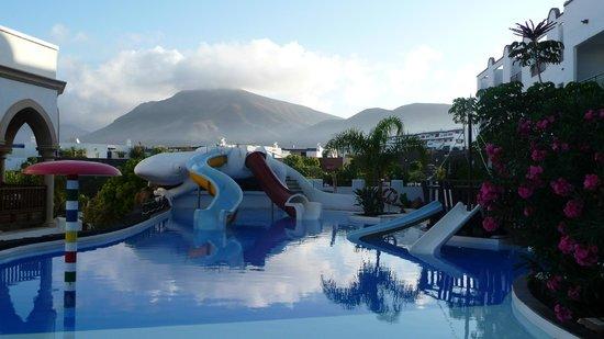 Gran Castillo Tagoro Family & Fun Playa Blanca: piscina infantil