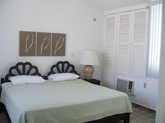 Las Gaviotas Hotel+Rent Aparment: Habitacion con cama King Size