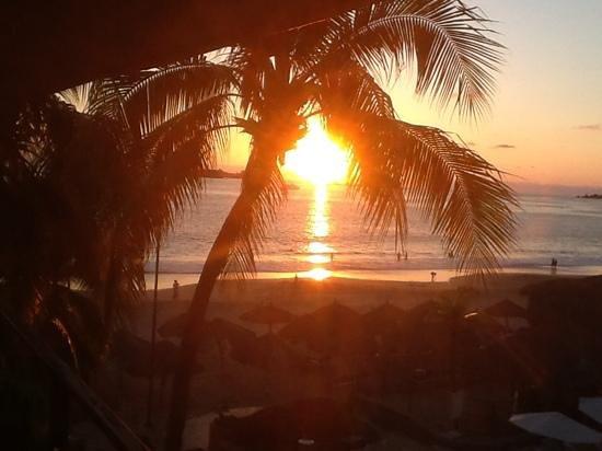 Inter-Continental Presidente Ixtapa : sunset