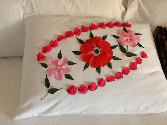 Holiday Inn Resort Ixtapa: pillow art