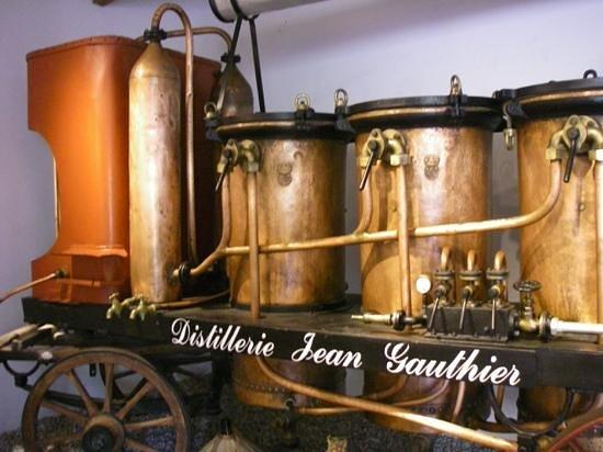 Musee de l'alambic - Distillerie Jean Gauthier: distillerie