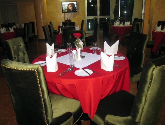 Aphrodite International Hotel: Restaurant