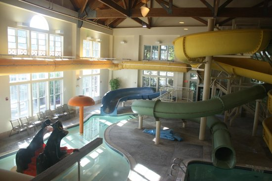 Hampton Inn & Suites North Conway: Children's Area in the Water Park. (To the left).