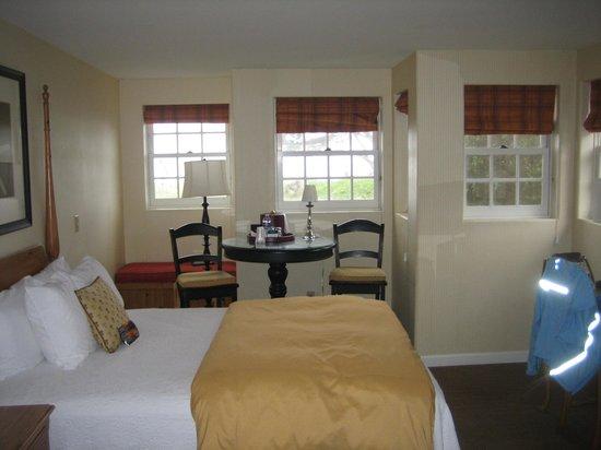 FogCatcher Inn : room with a view at the Fog Catcher Inn