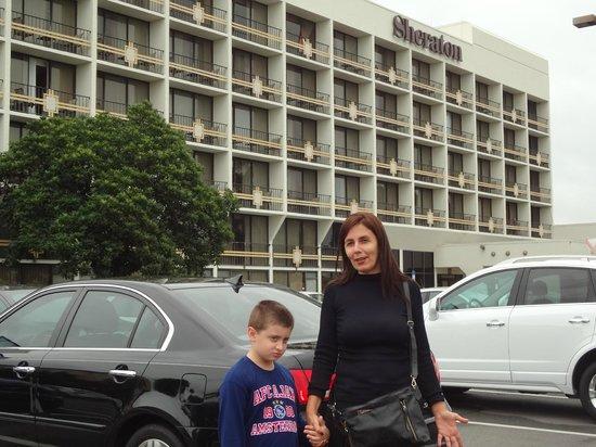 Sheraton Lake Buena Vista Resort: vista frontal do hotel