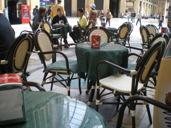 Brasiliano: My Table Outside