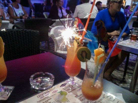 Vegas bar cocktail