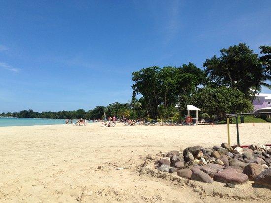 Hotel Riu Palace Tropical Bay: Beautiful beach