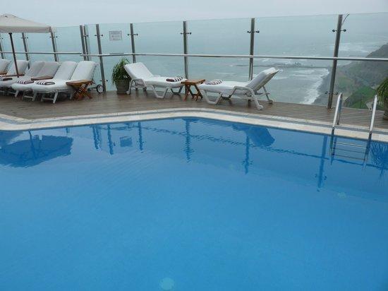 Belmond Miraflores Park : piscine sur toit