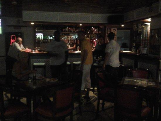 Squash Bar: getlstd_property_photo