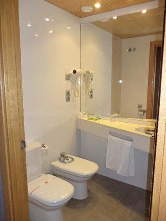 Hotel Sant Agusti: badkamer