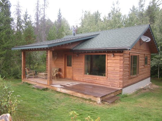 Mica Mountain Lodge & Log Cabins : our loveshack