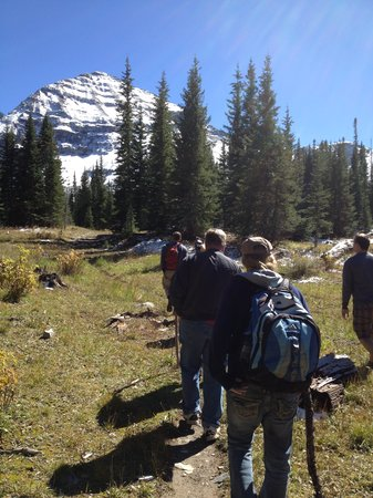 Majestic Dude Ranch: hiking to 10,500 elevation