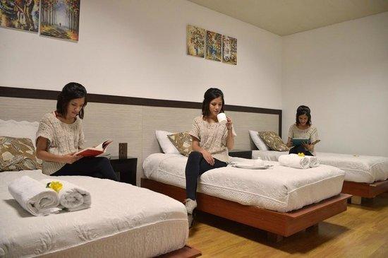 Hotel Gran Dalona: Habitación triple