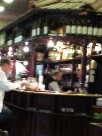 Horvath Etterem: The bar