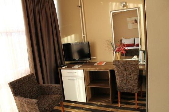 Balkan Hotel Garni: room 602