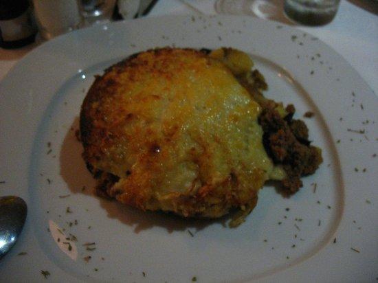 Aleka's Restaurant: La strepitosa moussaka!