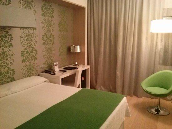 NH Madrid Príncipe de Vergara: Dormitorio