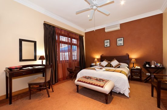 Cape Flame Guest House: Luxury 3