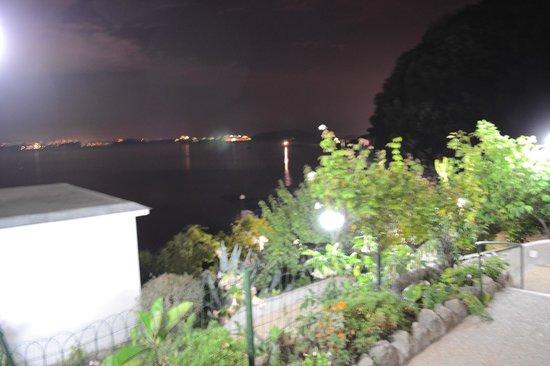 Hotel Bagnitiello: vista notturna