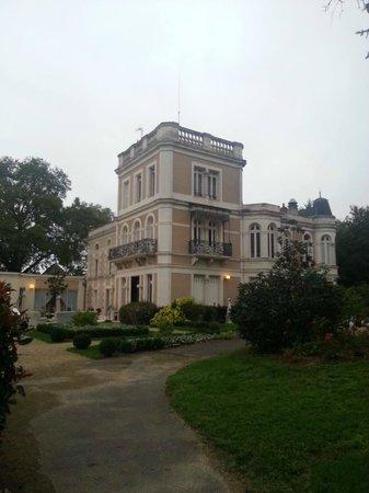 le chateau du clos de la ribaudiere : Une vue du Château