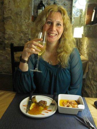 Hotel El Cau de Papibou: Enjoying Tapas dinner