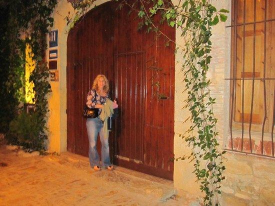 Hotel El Cau de Papibou: Front door
