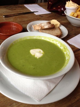 The Duke of Sussex : Pea soup.  Very tasty