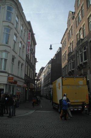 Rua Nes- Rho Hotel