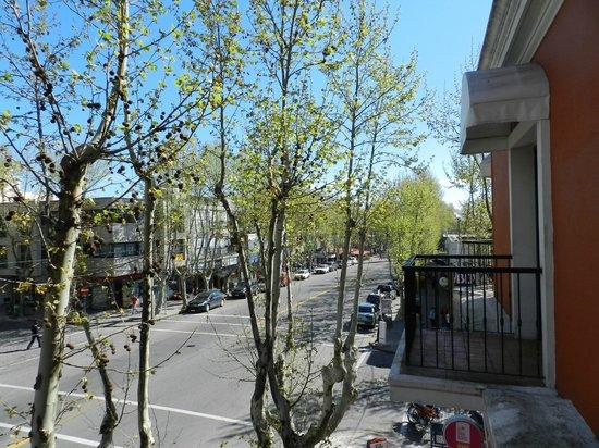Hotel Beltran : Vista da sacada para a Avenida General Flores