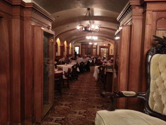 Mader's: A peek into the dining area