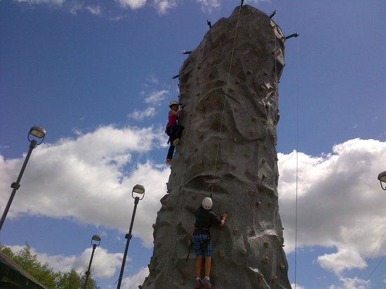 Horseshoe Resort: climbing wall
