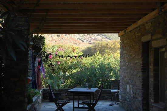 Onar: a villa view