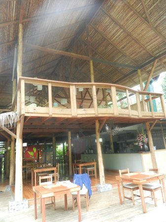 Pacuare Lodge : Dining area/hang out spot