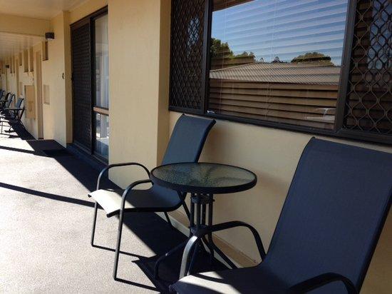 James Street Motor Inn: Outside Chairs