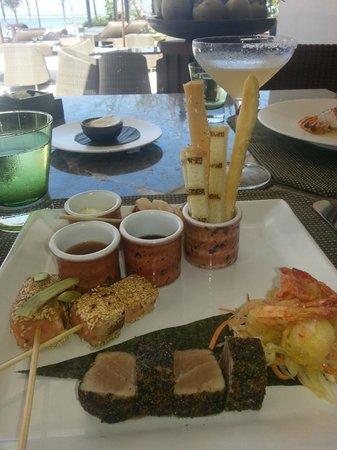 Nyala Beach Club & Grill at Fairmont Sanur Beach Bali: Seafood Platter