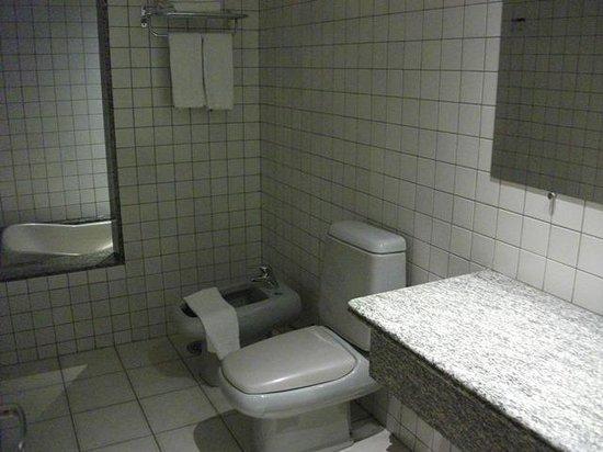 Grand Bittar Hotel : erro de projeto=banheiro